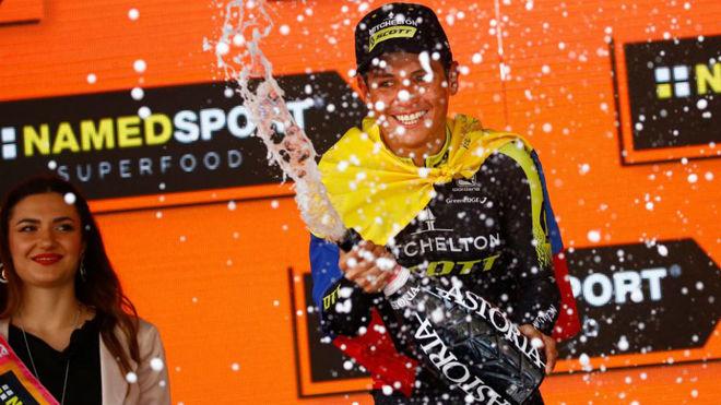 Nueva victoria de etapa para el colombiano Esteban Chaves en el Giro...