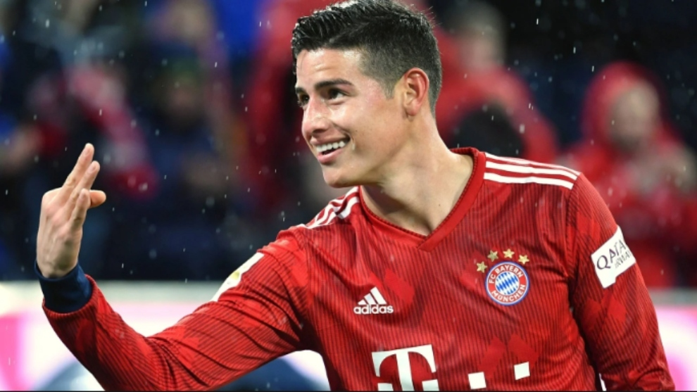 James Rodríguez celebra si tercer gol contra el Mainz