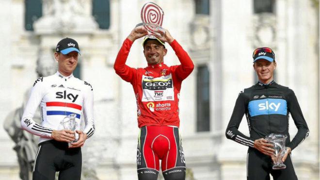 Juanjo Cobo, junto a Froome y Wiggins en el podium de la Vuelta a...