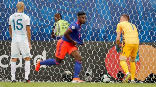 Duván Zapata, tras marcar el 0-2 a Argentina