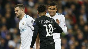 Casemiro y Neymar, durante el último Real Madrid-PSG de Champions