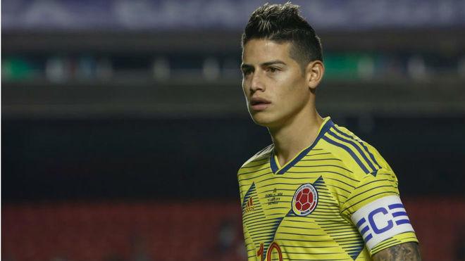 James, durante el partido con Qatar