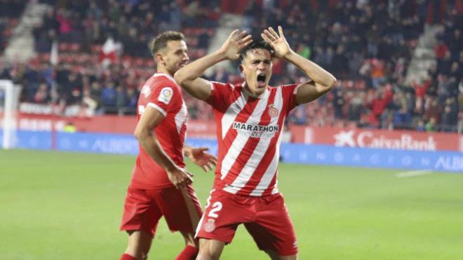 Bernardo Espinosa celebra un gol con el Girona