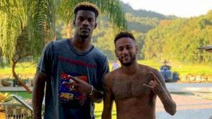 Jimmy Butler junto al crack brasileño Neymar