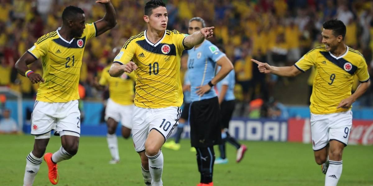 James celebrando el primer gol del partido