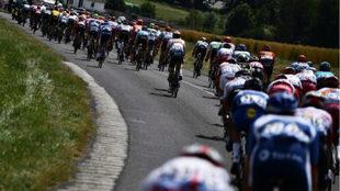 Lote en plena acción del Tour de Francia 2019