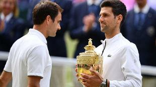 Federer y Djokovic, la cruz y la cara de Wimbledon.