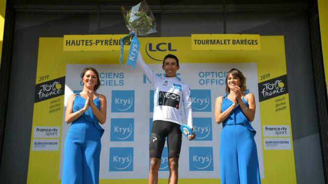 Egan se volvió a subir al podio de los mejores en el Tourmalet /...