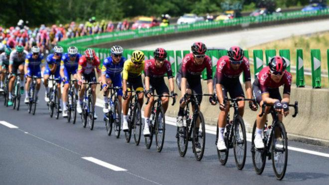 La 21ª etapa del Tour de Francia, minuto a minuto