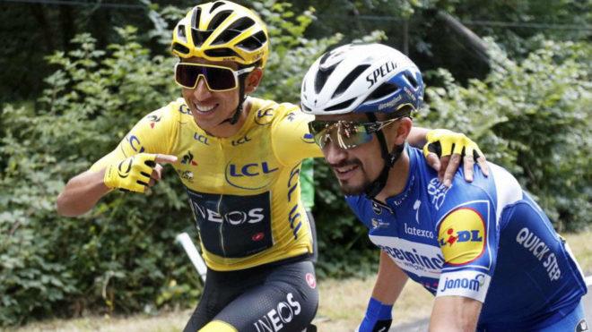 Egan y Alaphilippe en la última etapa del Tour de Francia