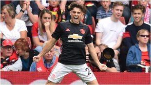 Daniel James festeja un gol