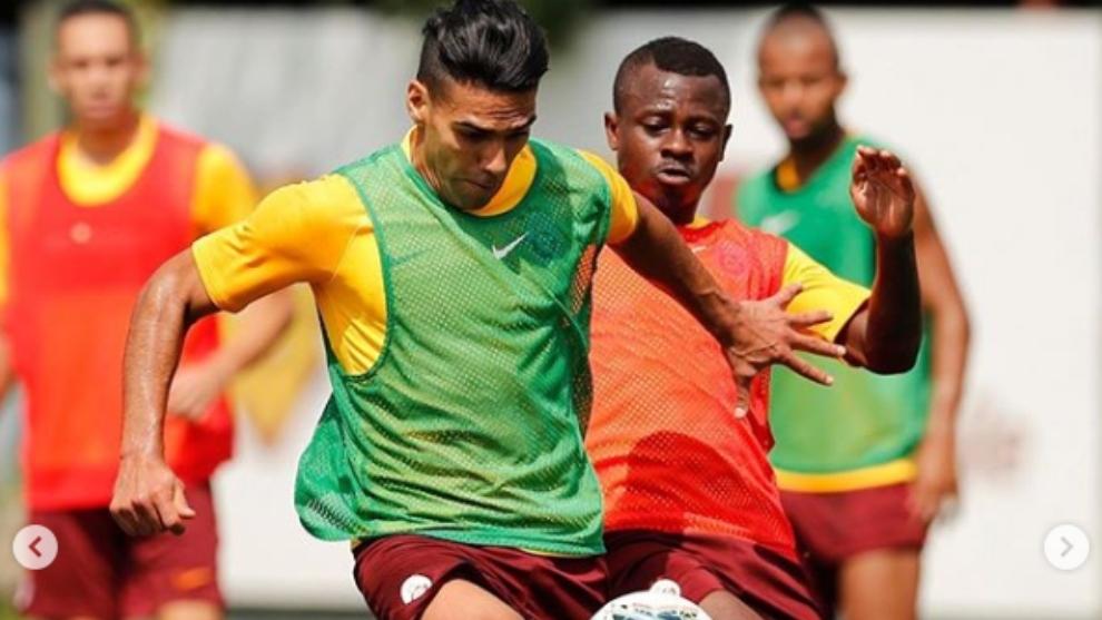Radamel Falcao durante uno de los entrenamientos del Galatasaray