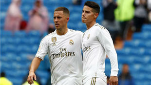 Hazard y James, durante el partido frente al Levante