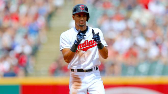 El beisbolista colombiano es figura con los Indios de Cleveland /...