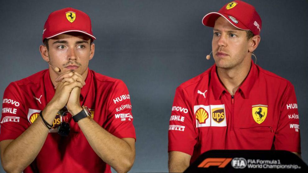 Leclerc y Vettel, un gesto que lo dice todo.
