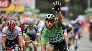 Sagan celebrando una de sus múltiples victorias