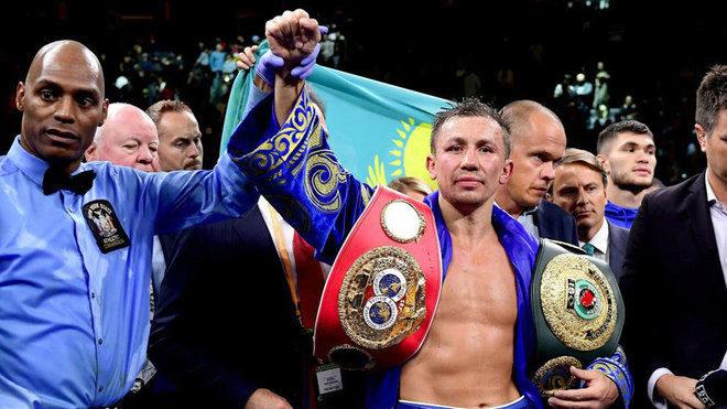 Gennady Golovkin celebra la victoria ante Derevyanchenko / AFP