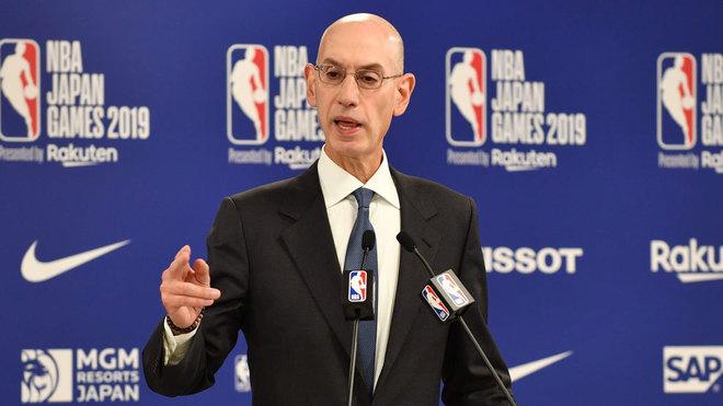 Adam Silver, comisionado de la NBA, en la rueda de prensa en la que...