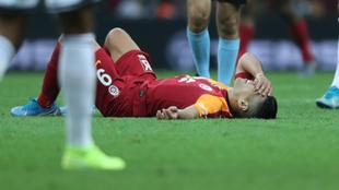 Falcao, en el suelo durante el partido frente al Fenerbahce del pasado...
