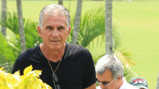 Carlos Queiroz visita la sede de Deportivo Cali