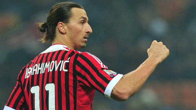Zlatan durante un partido con el AC Milan.
