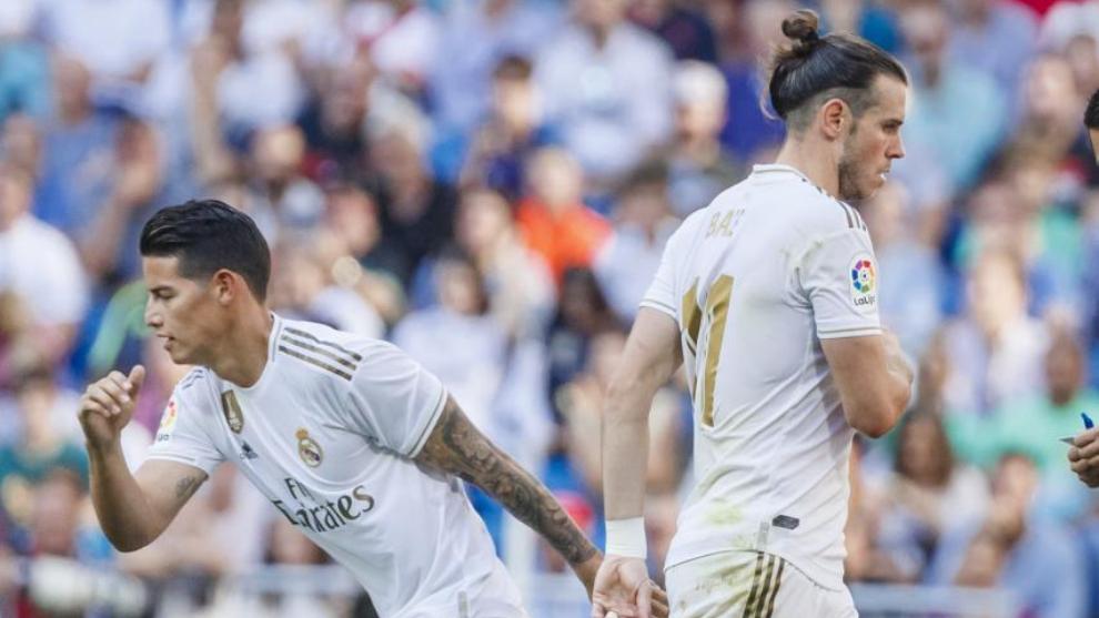 James Rodríguez y Gareth Bale en un partido frente al Granada.