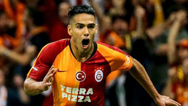 Falcao García celebrando su único gol con el Galatasaray
