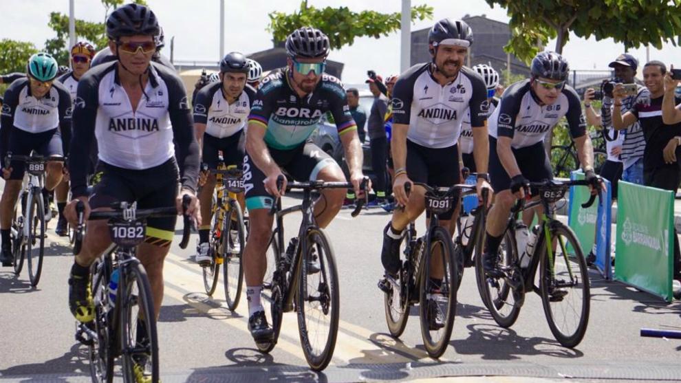 Peter Sagan puso a rodar a Barranquilla con el Gran Fondo que lleva su nombre - Marca Claro Colombia