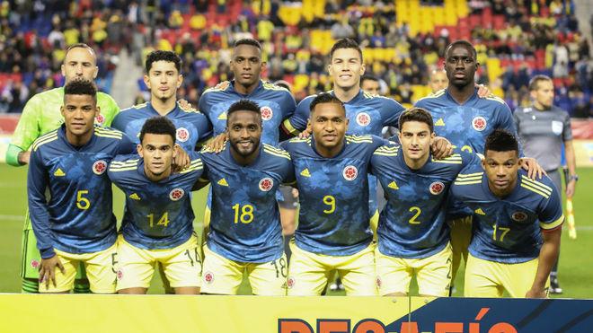 La Selección Colombia posa previo al juego ante Ecuador.
