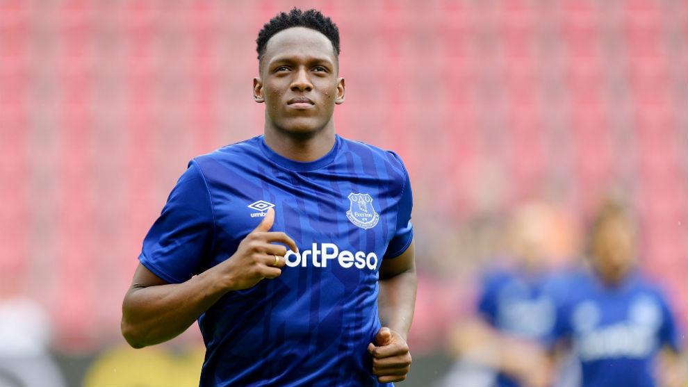 Yerry Mina en los entrenamientos del Everton