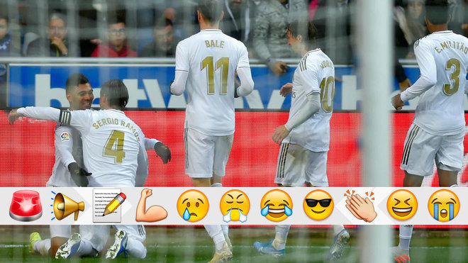 Los jugadores del Madrid celebran el tanto de Sergio Ramos.