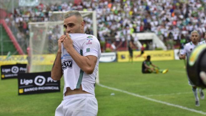 Federico Laurito viene de actuar en la segunda división del fútbol...