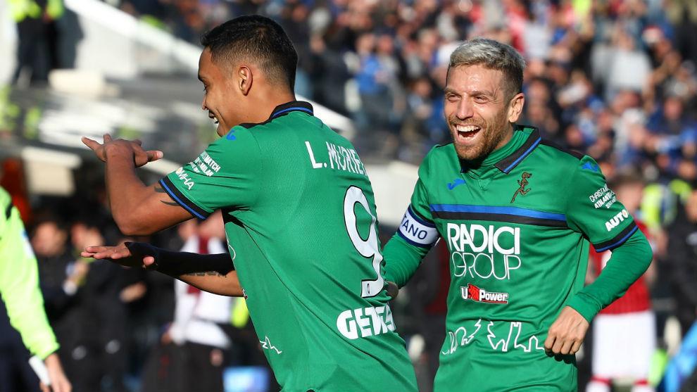 La celebración junto al 'Papu' Gómez tras un resultado histórico