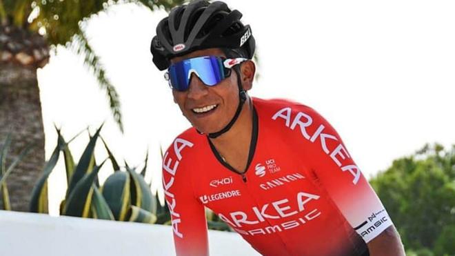Nairo Quintana con su nuevo maillot.