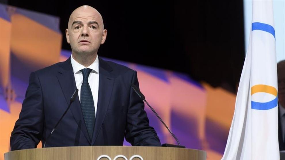 Giani Infantino, durante una sesión del Comité Olímpico...