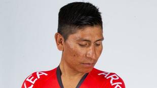 Nairo Quintana luce su nuevo maillot.