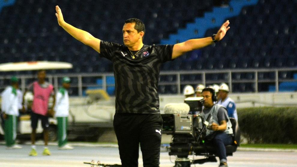 Aldo Bobadilla durante un partido del DIM.