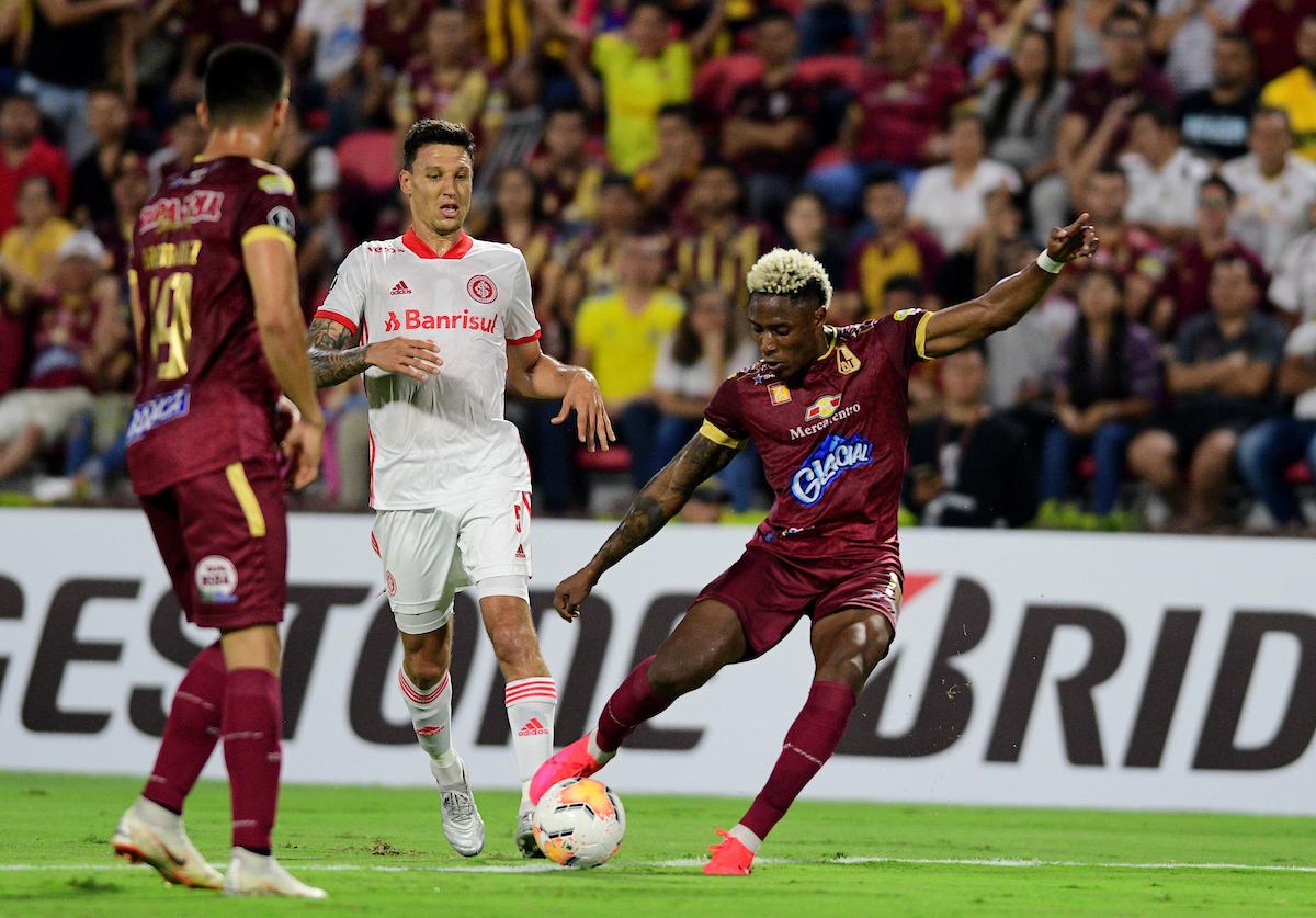 Tolima vs Internacional: Tolima desaprovecha el bajón de Inter de Porto Alegre y cede un empate en Ibagué 2