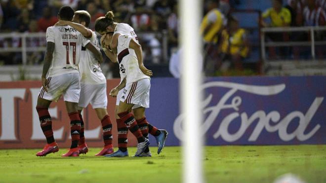 Los jugadores de Flamengo celebran el 0-2 en el Metro.