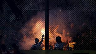 Hinchas de Boca durante el juego ante Gimnasia.