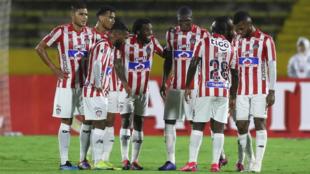 Jugadores del junior luego de la derrota ante Independiente del Valle.