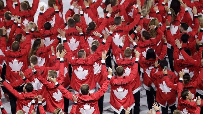Delegación canadiense en un evento.