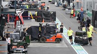 Una vista general a los pits del GP de Australia.