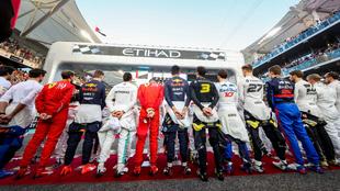 Pilotos de la F1 antes de una carrera.