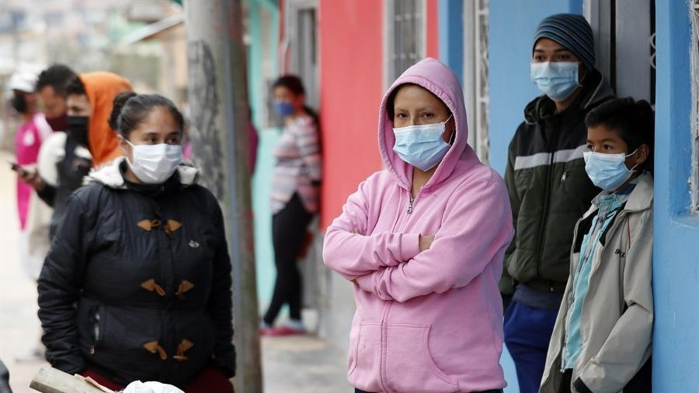 La alcaldesa de Bogota anuncia que la capital va a implementar un pico...