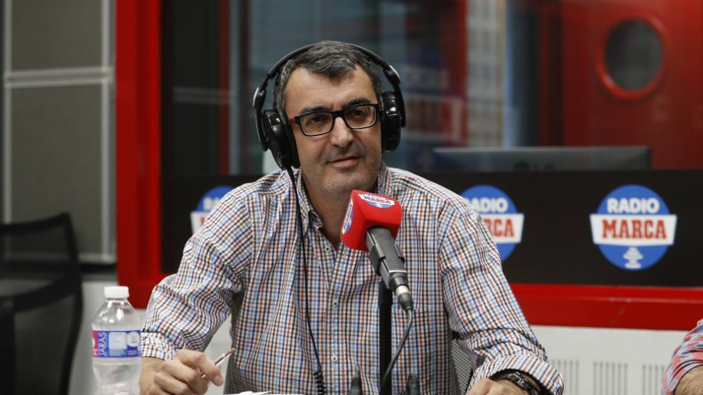 Javier Guillén, en los estudios de Radio MARCA.