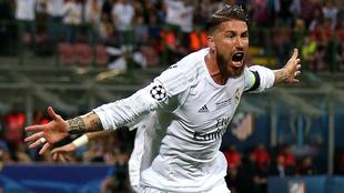Ramos corre a celebrar el primer tanto del juego.