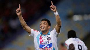 Teo Gutiérrez celebra un gol