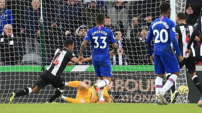 Hayden marca para el Newcastle ante el Chelsea