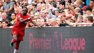 Sadio Mané, jugador del Liverpool, durante un partido contra...